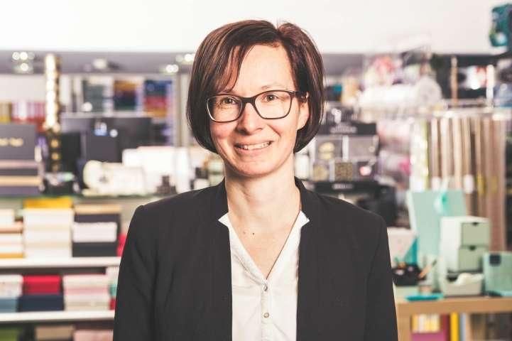 Portraitbild: nadja-zimmermann--ladenchefin-ID54-0.jpeg?v=1596546610
